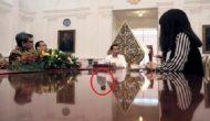 Permalink ke Merinding, Ada Penampakan Dalam Foto Presiden Jokowi ini